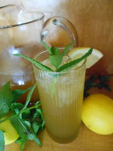 Chef Aaron McCargo's Flying Eagle Iced Tea