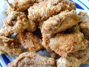 Midweek Mixers – The Neely's Spicy Chicken Wings