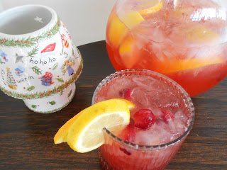 Mid-Week Mixers: Cranberry Christmas Punch