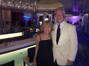Martini bar on cruise