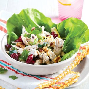 chicken-salad-in-lettuce-cups
