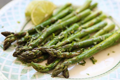 Minted Asparagus Spears – #southerncomfort