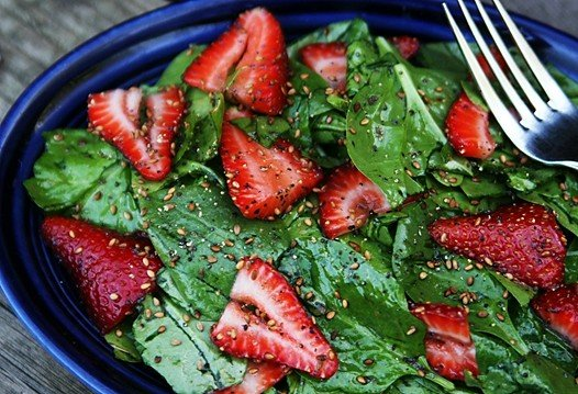 How to Cook a Spinach Salad
